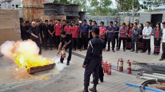 Health Traffic Police Uses Guideline For Fire Extinguisher Training